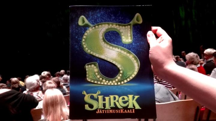 Teatterissa: Shrek-musikaali