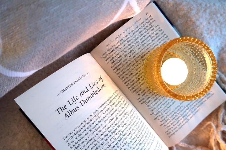 Haluaisitko lukea romaaneja englanniksi? 3 vinkkiäaloittamiseen