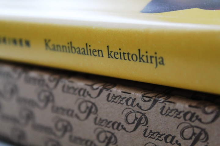JP Koskinen: Kannibaalien keittokirja – Eli miksi murska-arvion kirjoittaminen on niinvaikeaa