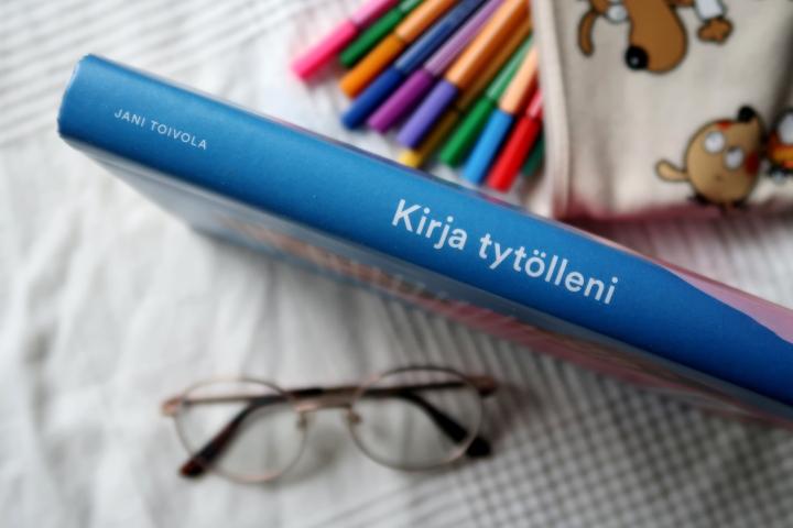 Jani Toivola: Kirjatytölleni
