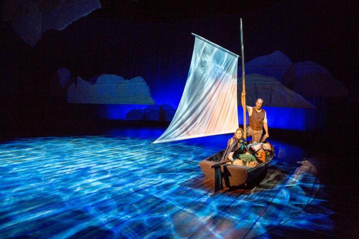 Teatterissa: Myrskyluodon Maija