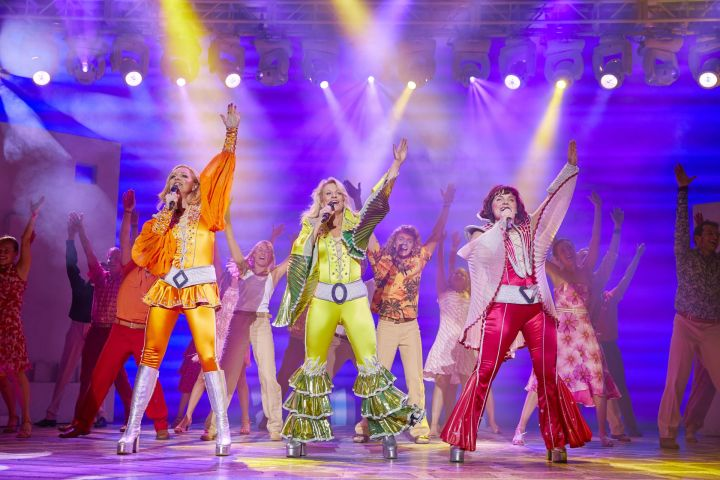 Teatterissa: Mamma Mia