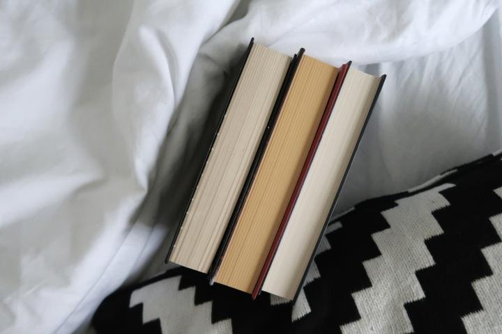 Nuortenkirjat (3)
