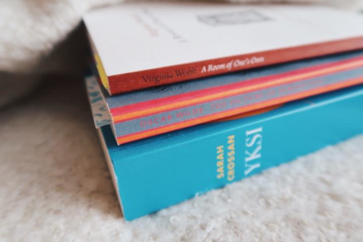 Tammikuu oli poikkeuksellinen: Luimme paljon viiden tähdenkirjoja
