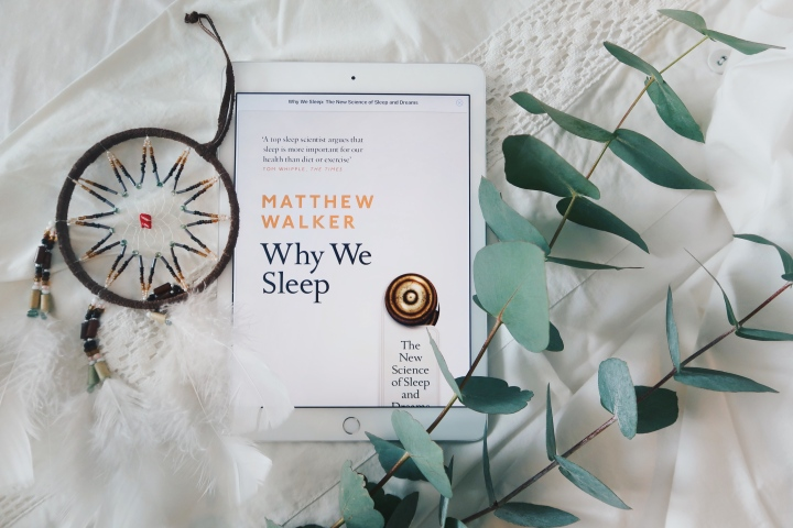 Kirja, joka muutti nukkumiseni täysin – Matthew Walker: Why WeSleep