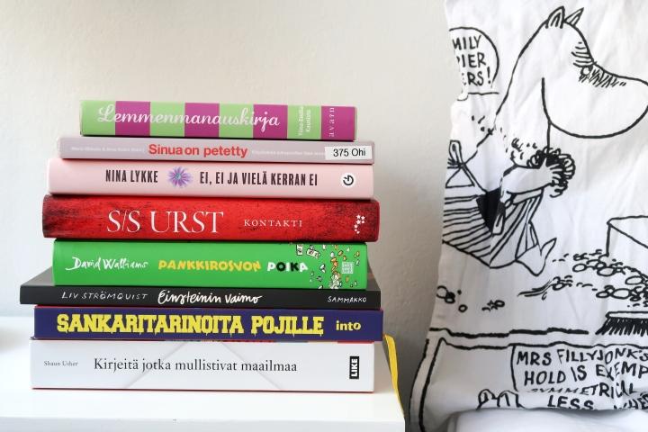 Kesäkuussa luimme paljon, mutta lähinnä keskinkertaisiakirjoja