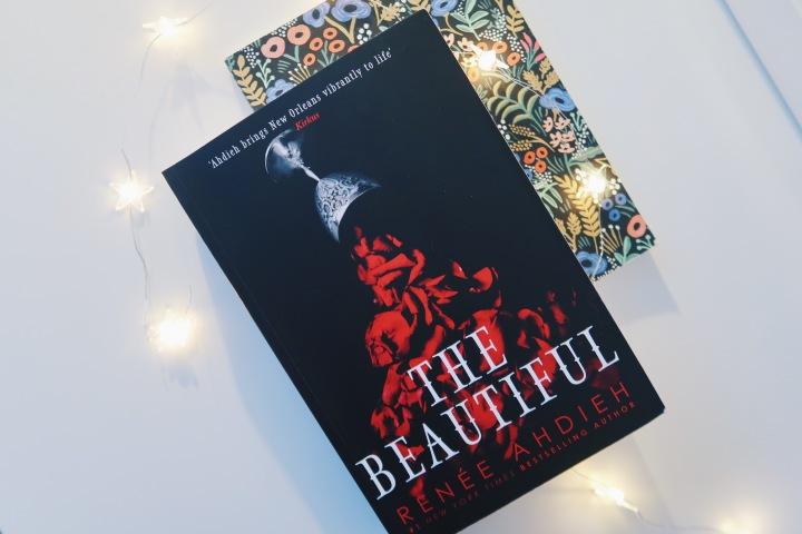 Herkullinen vampyyritarina – Renée Ahdieh: TheBeautiful