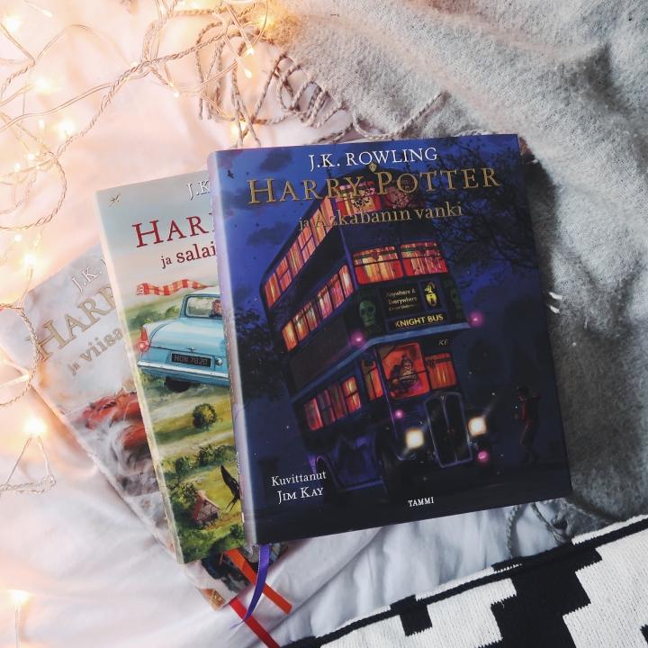 Adventtiarvonta: Kiinnostaako Harry Potter ja liekehtivä pikari -kirjan kuvitettuversio?