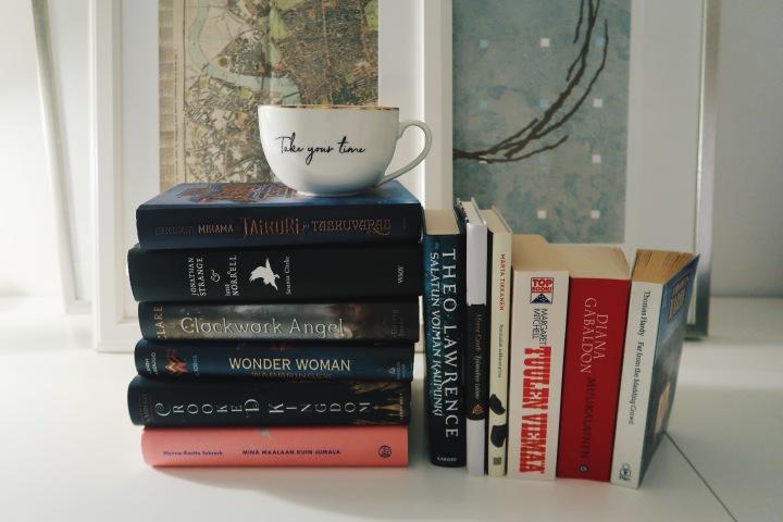 52 kirjaa, TSH, Popsugar, kaikki Austenit ja hyllynlämmittäjät – tässä tulevat vuoden 2020lukuhaasteeni