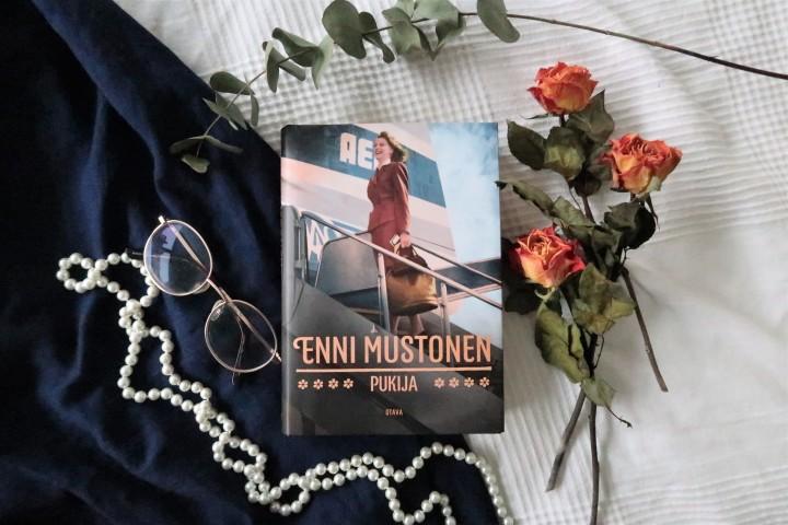 Aikamatka ihanalle 50-luvulle – Enni Mustonen:Pukija