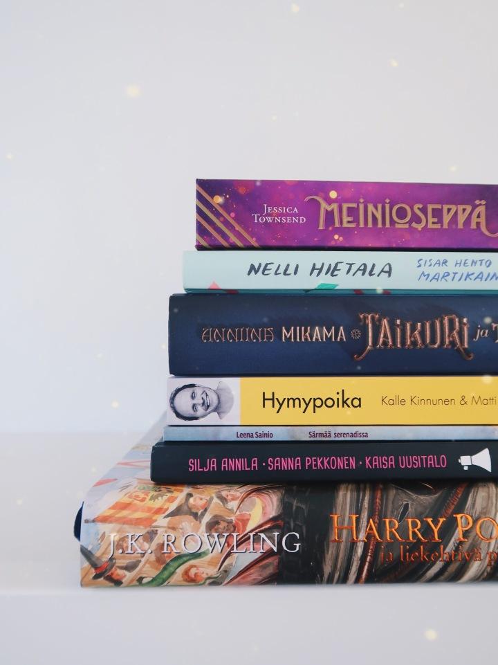 Toukokuu oli viiden tähden kirjojen kuukausi – luimme yhteensä yli 5000sivua