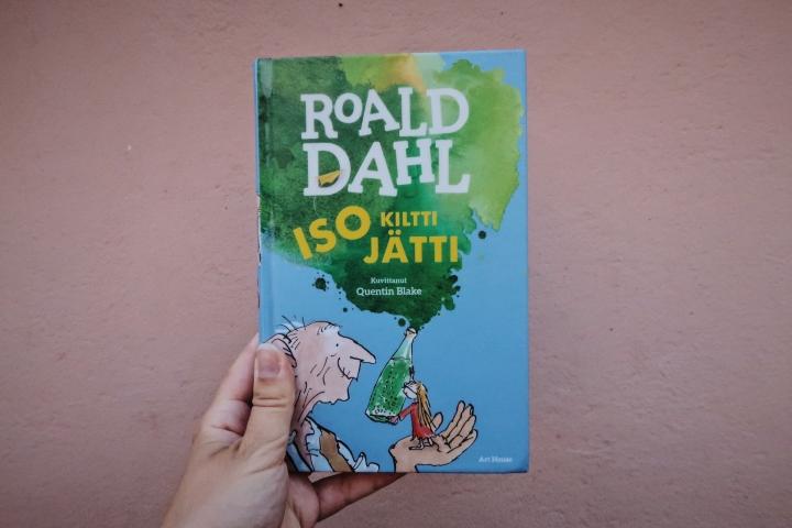 Klassikon äärellä – Roald Dahl: Iso kilttijätti