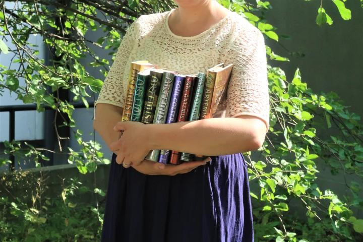 Luin nuoruuteni lempikirjasarjan uudelleen vuosien tauon jälkeen: Tältä tuntui paluu Artemis Fowlinmaailmaan