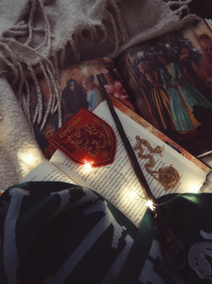 Kolme kirjallista (ja maagista!) joulua, jotka haluaisin kokeaoikeasti